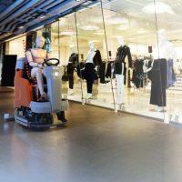 Einkaufszentrum Hako Bodenreinigung