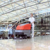 Bodenreiniung Flughafen Hako